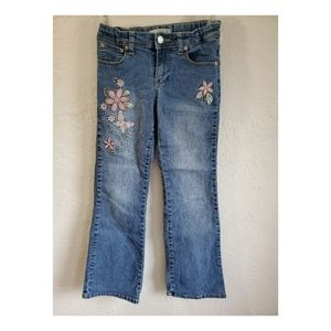 3/$10 item 🌼 Route 66 girls embroidered jeans
